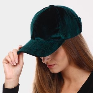 🆕Green | Velvet Baseball Hat